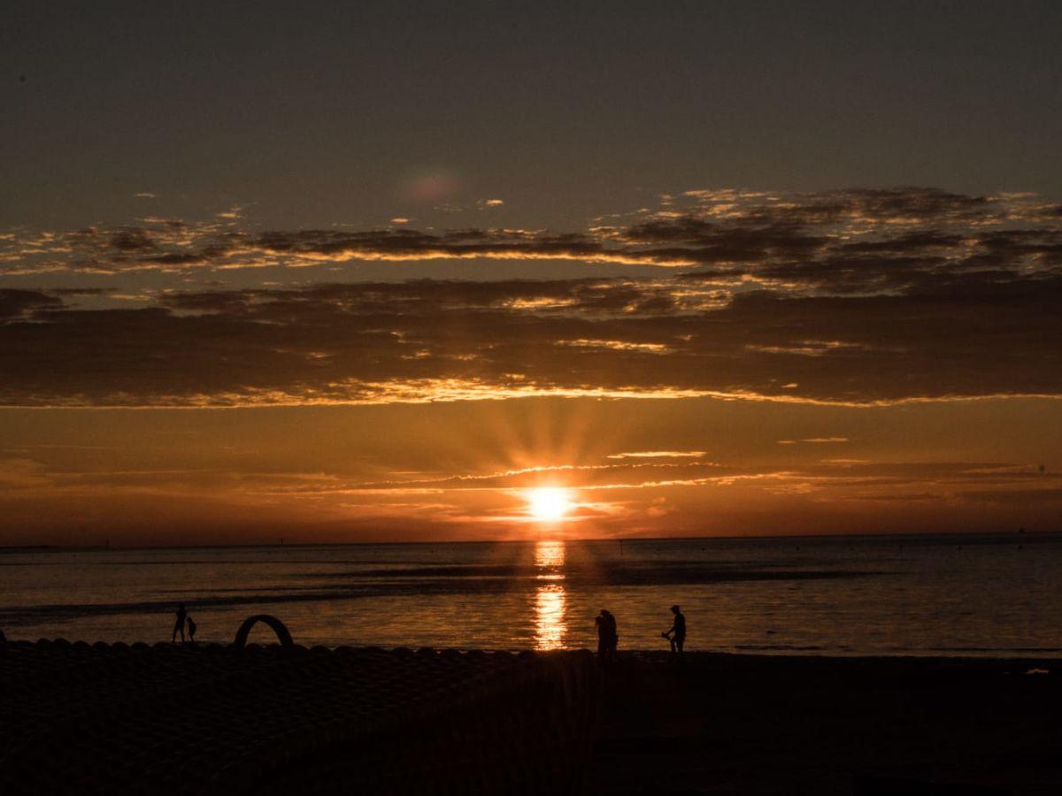 sonnenuntergang-vom-duhner-strand