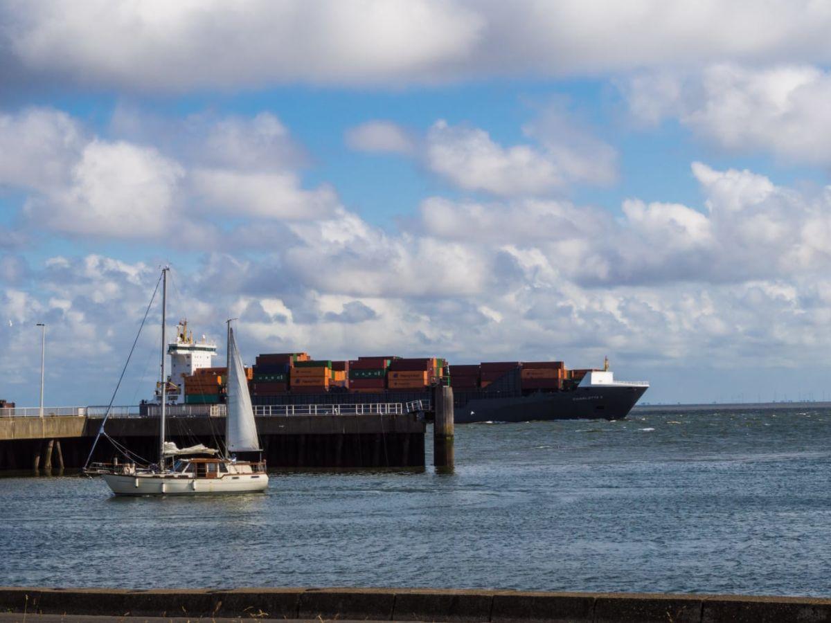 seglerhafen-von-cuxhaven