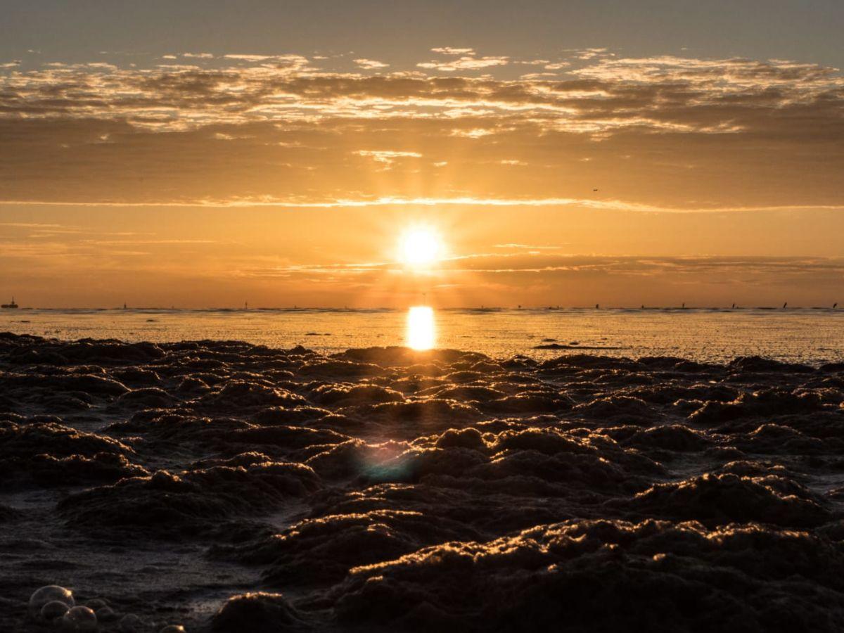 sonnenuntergang-im-watt-von-cuxhaven