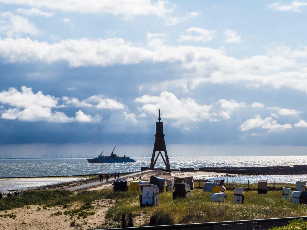 kugelbake-wahrzeichen-von-cuxhaven